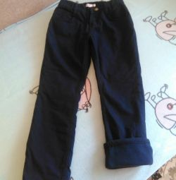 Новые джинсы на утеплителе р.128