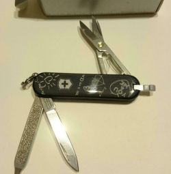 Новий Victorinox Swiss army knife classic
