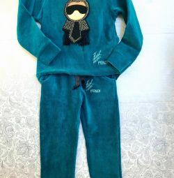 Новый костюм на 4 года Fendi