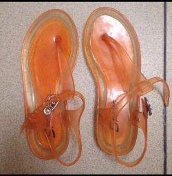 Sandale din cauciuc