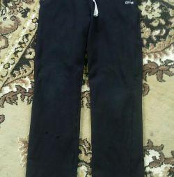 Sports pants 11-12 years.