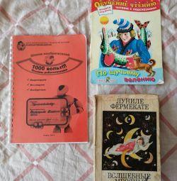 2 cărți, revista despre robotică