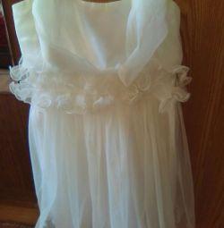 Платье на 5-6 лет 110.