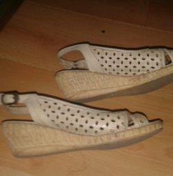 Удобная обувь кожа