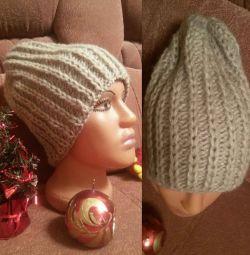 Πλεκτό καπέλο για μόδα