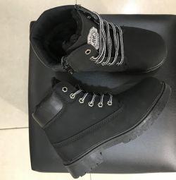 Vânzare până la 70% cizme de iarnă Timberland