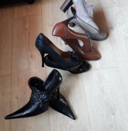 Παπούτσια Διαφορετικά. 👠👢👟
