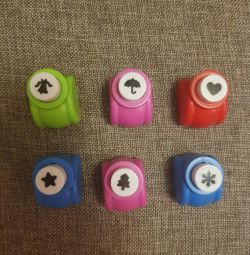 Mini staplers with different shapes