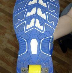 Sneakers, roller