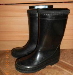 Brand-uri de cizme de cauciuc 31-32.