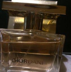 Miss Giordani perfume original