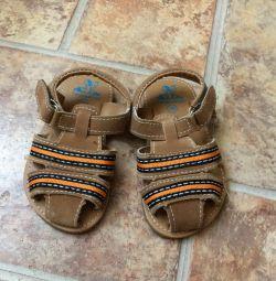 Mărimea sandalelor noi 19