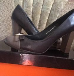 Μοντέλα γυναικεία παπούτσια
