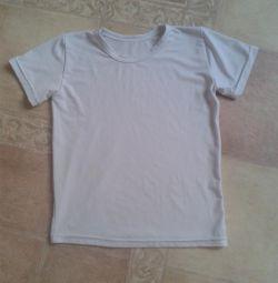 біла футболка на 7-9 років