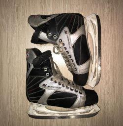 Коньки хоккейные 46 размера