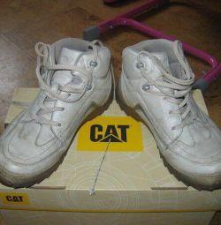 Ботинки кожаные cat