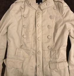 Trench coat short jacket beige double breasted