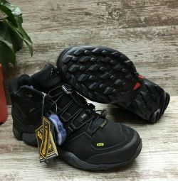 Кроссовки Adidas terrex, gore-tex, зима