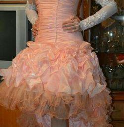 Вечерние, выпускные платья