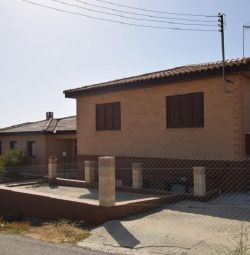 House with Swimming Pool in Nikitari, Nicosia