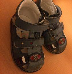 Sandals Bebetom