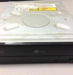CD / DVD drives
