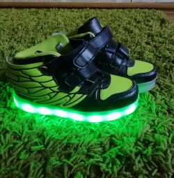 Sneakers light-emitting diode