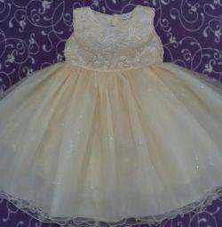 Платье нарядное для принцессы пышное (новые)