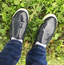 Shoes size 37