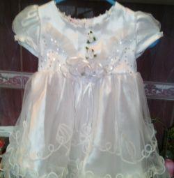 όμορφο φόρεμα για 1-2 χρόνια