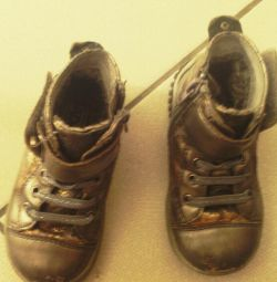 Ботинки 24 размера