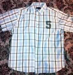 Kısa kollu erkekler için gömlek