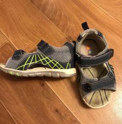 Sandaletler 24 boy doğa. deri