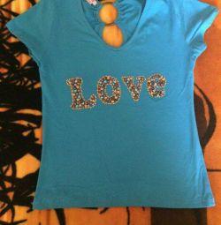 New vis-à-vis T-shirt