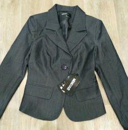 Новый пиджак,р.40-42
