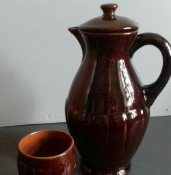 Кувшин керамический и стакан