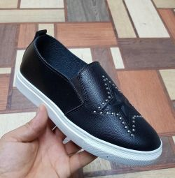 New women's shoes, sizes 36,38