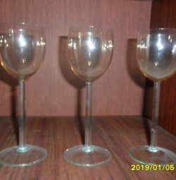 Pahare de vin, pahare de vin noi