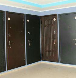 Entrance and interior doors in New Samara