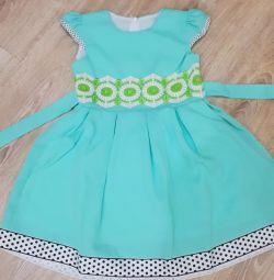 Yeni elbiseler 5.6.7.8 yıl