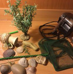Для аквариума: фильтр, декор, стекло, сачок