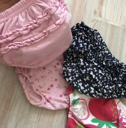Panties with ruffles on a diaper (from 0months)