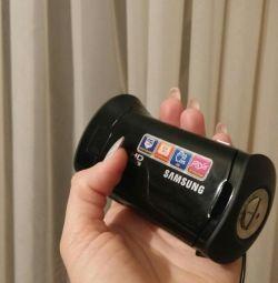 Цифрова відеокамера Samsung.
