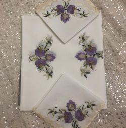 Tablecloth NEW teflon and 12 napkins