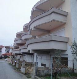 A ground  floor apartment of 27,88 sq.m., & 1st fl