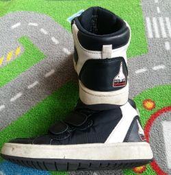 H & M cizme