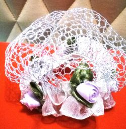 A mesh on a bunch. Barrette