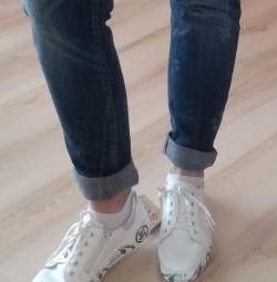 Новые кожаные кроссы Лель