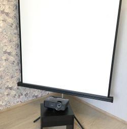 Проектор и экран в аренду. Аренда видеопроектора