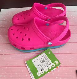 Crocs for girls original